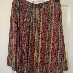 Full knee length skirt LulaRoe